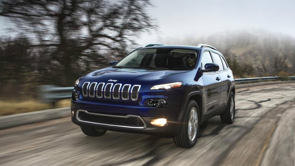 В России отправят в ремонт тысячу внедорожников Jeep Cherokee