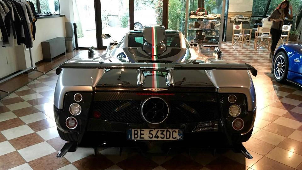 Итальянцы отреставрировали самый старый экземпляр суперкара. Фото 1