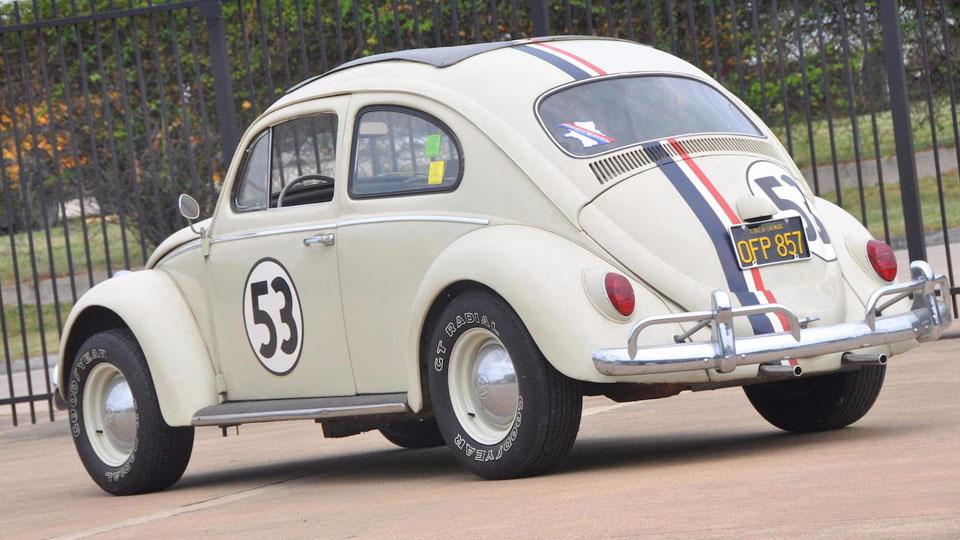 Герой комедий Herbie The Love Bug стал самым дорогим «Жуком» аукциона
