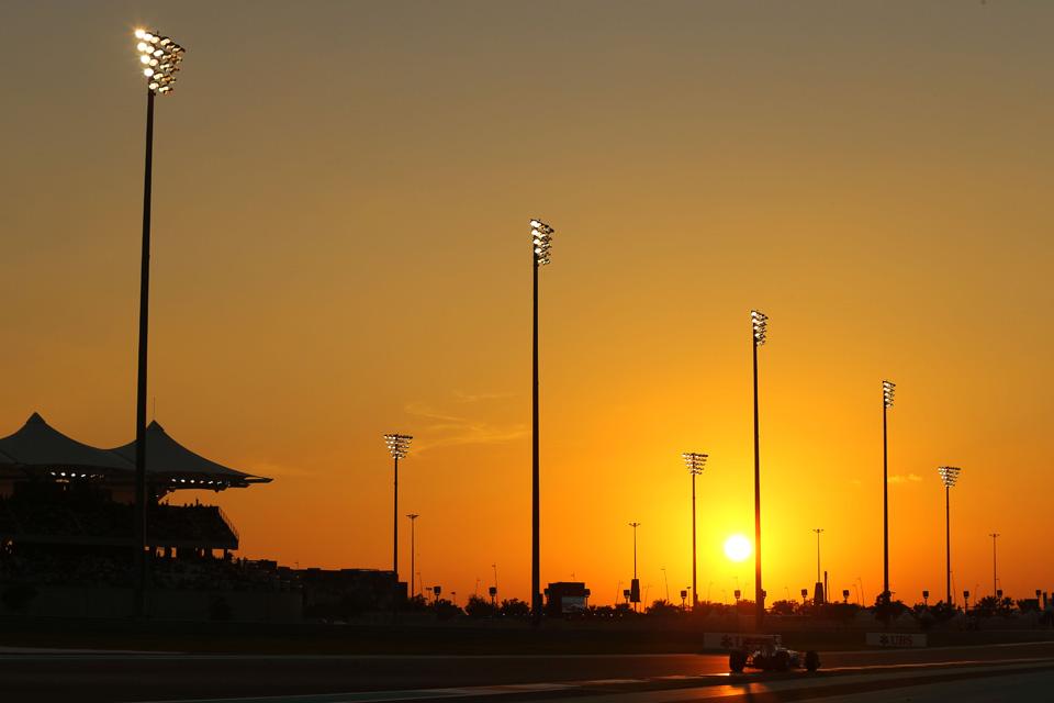 Второй пилот Mercedes одержал третью победу подряд. Фото 10