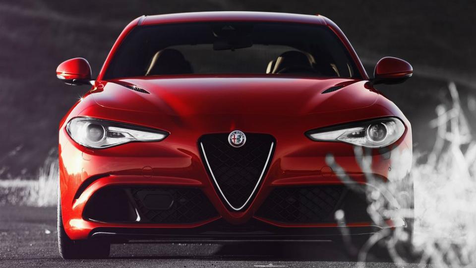 Топ-менеджер Alfa Romeo рассказал о первом кроссовере