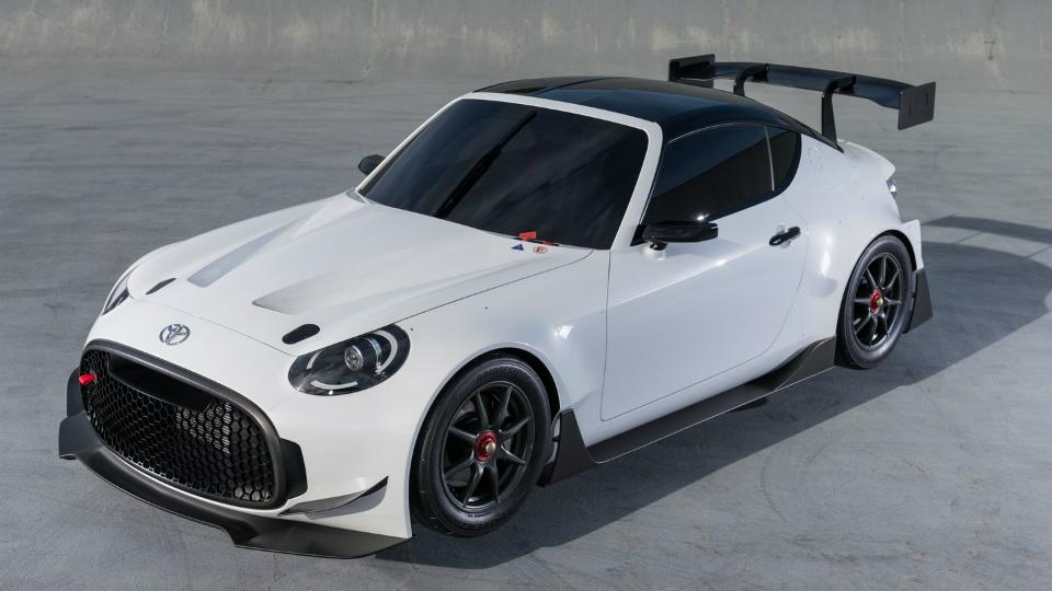 У маленького купе «Тойоты» появилась гоночная версия