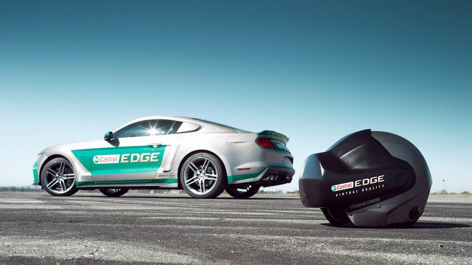 Дрифтер и бывший Стиг сразились на настоящих автомобилях в виртуальной реальности