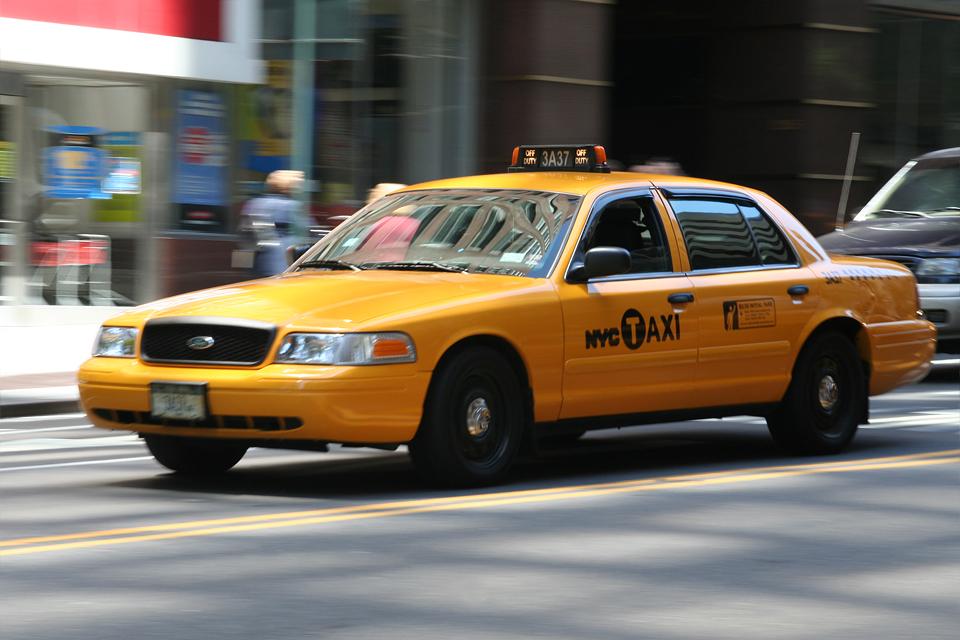 Легендарные такси крупнейших городов мира. Фото 7