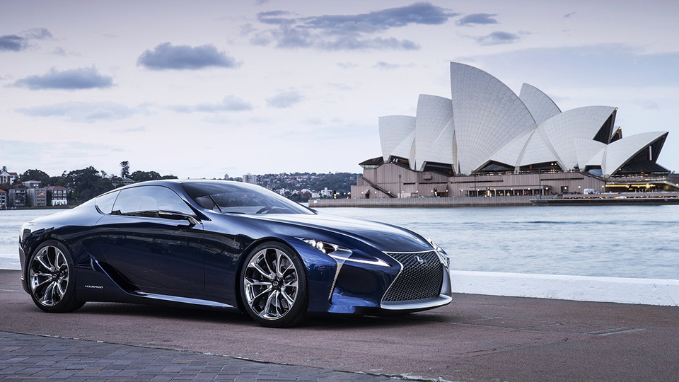 Купе Lexus LC покажут в Детройте