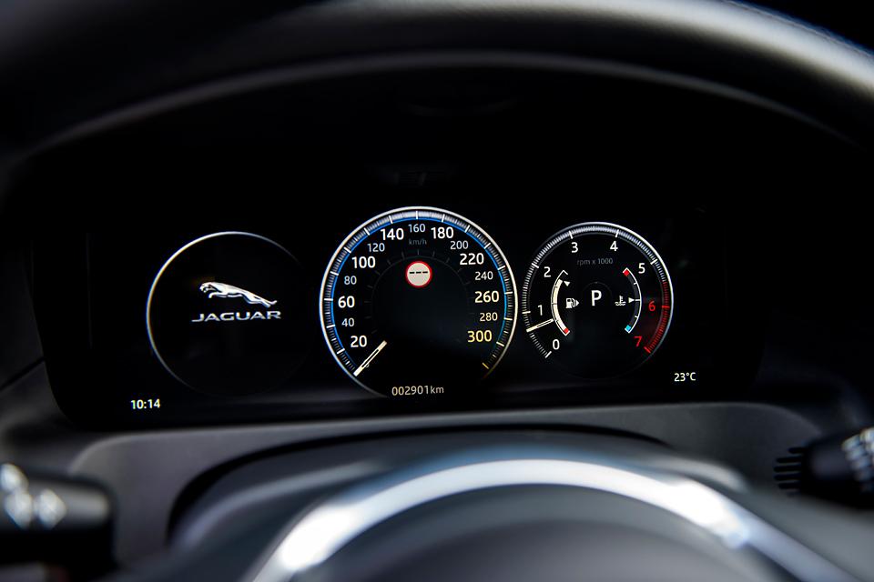 Тест нового Jaguar XF. Если сможете отличить его от старого. Фото 4
