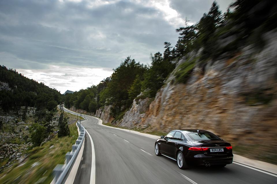 Тест нового Jaguar XF. Если сможете отличить его от старого. Фото 1