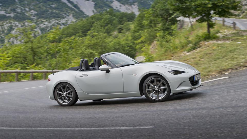 «Мазда» стала автомобилем года в Японии второй раз подряд