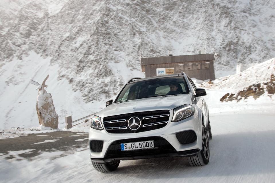 Как изменился Mercedes-Benz GL, породнившись с S-классом. Фото 1
