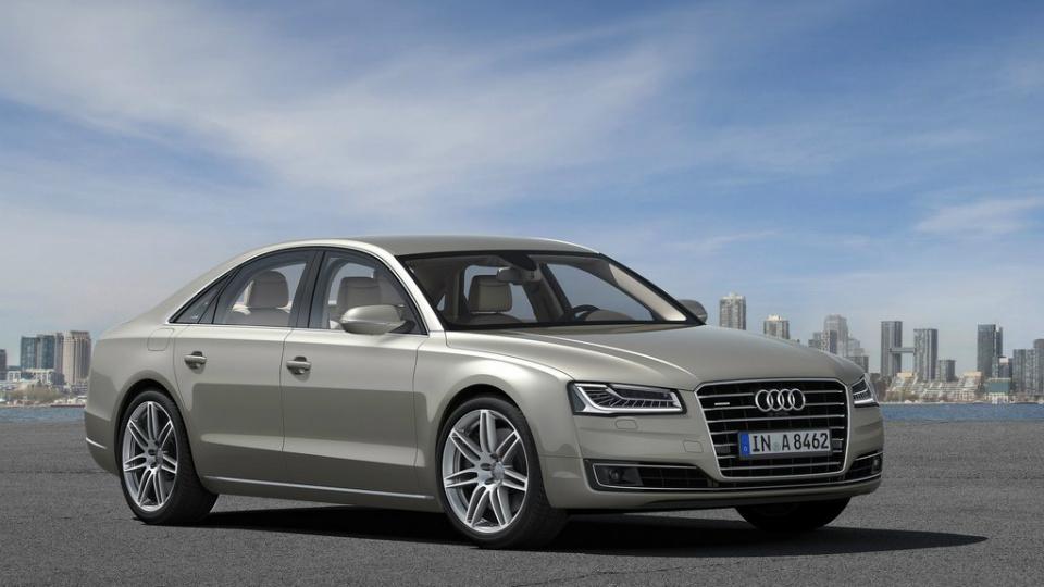 Audi отзовет три модели в России