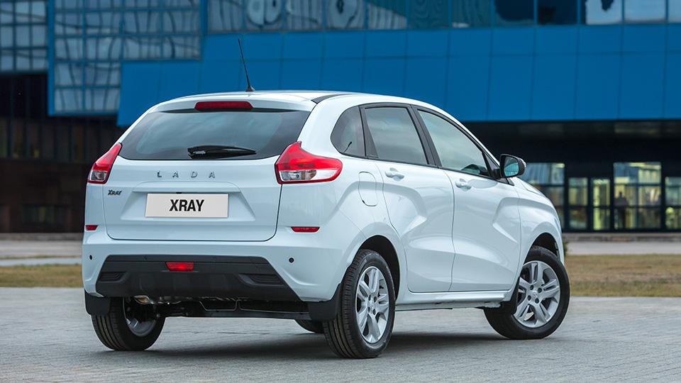 Продажи Lada XRay начнутся в феврале. Фото 1