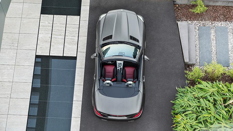 Самый маленький родстер Mercedes-Benz обновился и получил название SLC