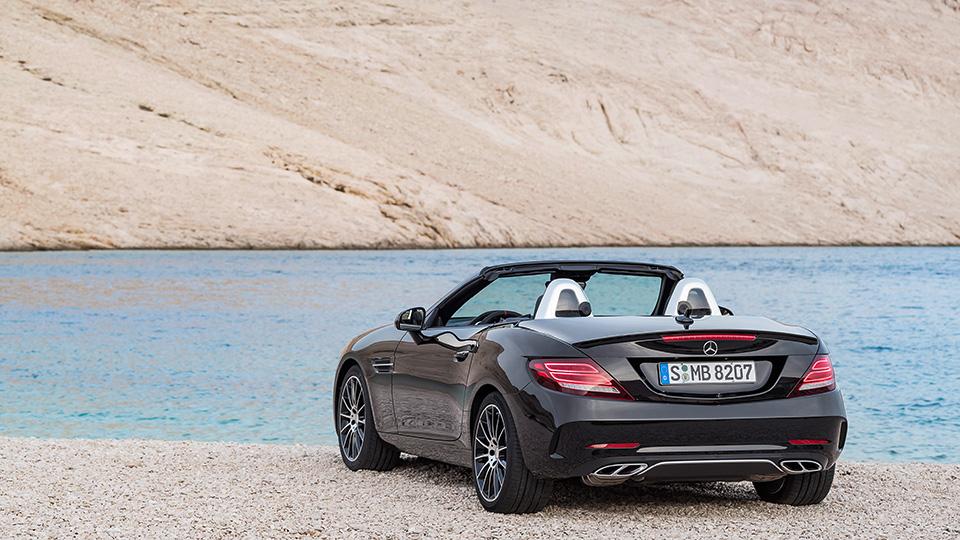 Самый маленький родстер Mercedes-Benz обновился и получил название SLC. Фото 3