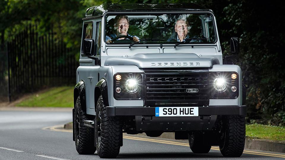 Двухмиллионный Land Rover Defender продали за полмиллиона евро