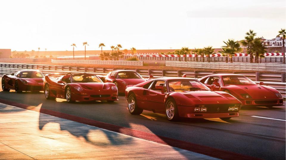 Американец сравнил на одном треке пять культовых Ferrari