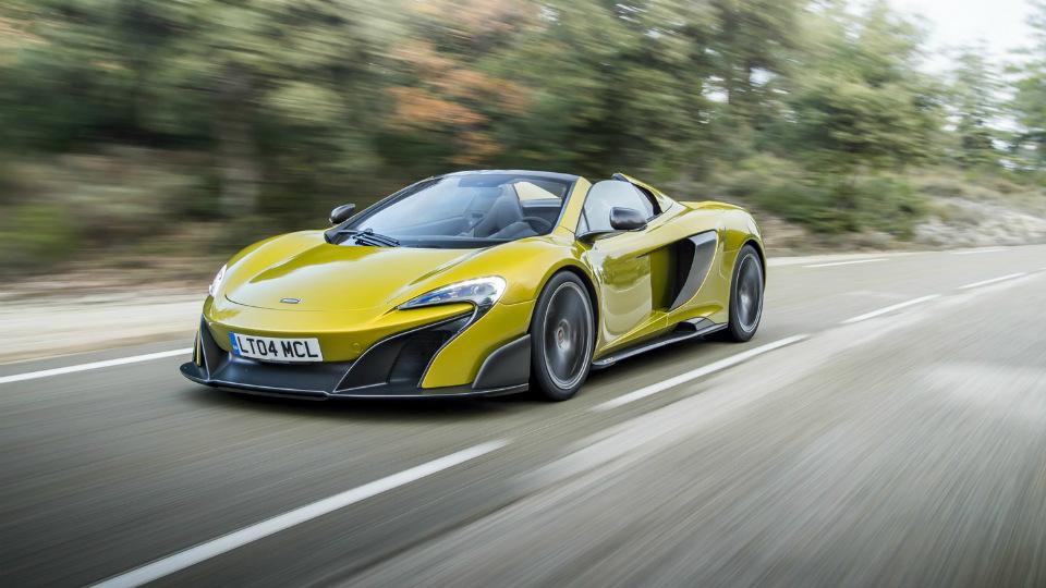 Мощнейший родстер McLaren раскупили за две недели