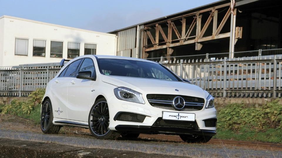 Тюнеры добавили сто сил хот-хэтчу Mercedes-Benz A45 AMG