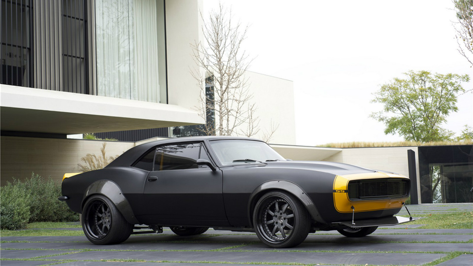 С молотка пустят Chevrolet Camaro Майкла Бэя . Фото 1