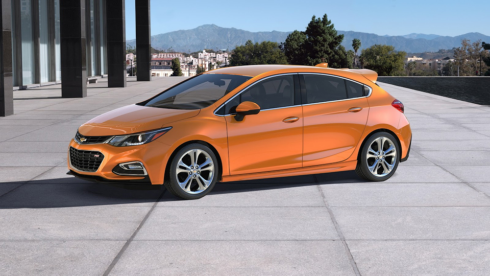Компания Chevrolet показала новый хэтчбек Cruze