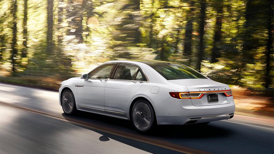 Новый Lincoln Continental начнут продавать осенью