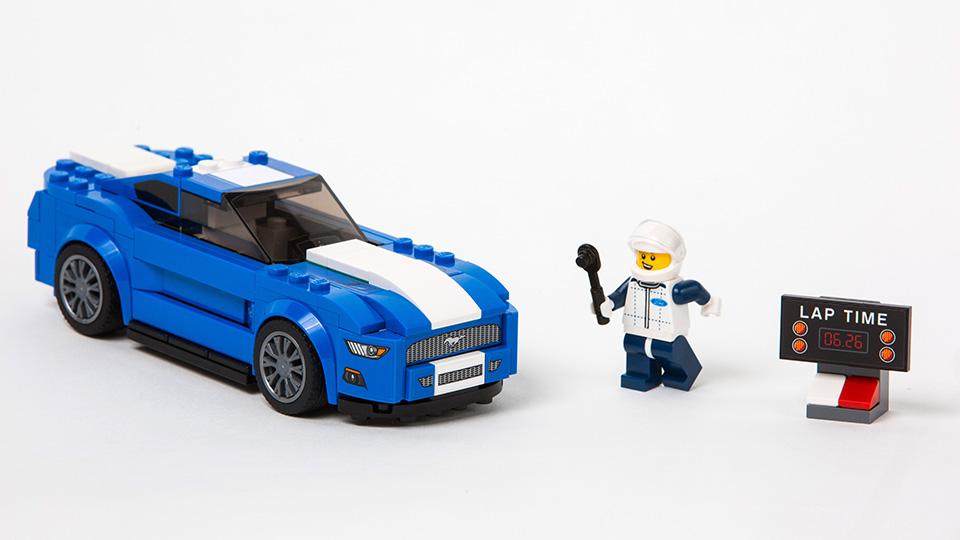 Ford Mustang и Raptor превратили в конструктор Lego