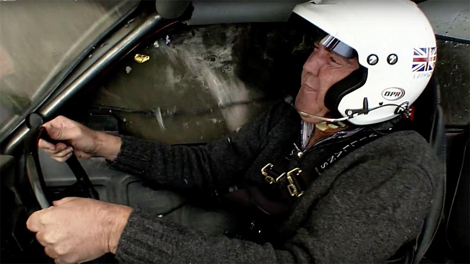 Кларксон признал переворот трехколесной машины постановкой Top Gear