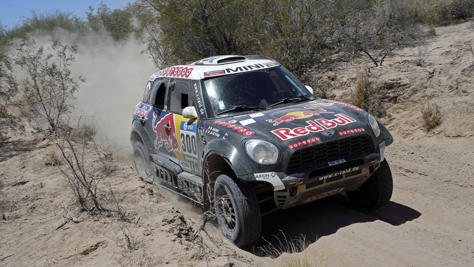 Пилот Peugeot одержал шестую победу в зачете автомобилей