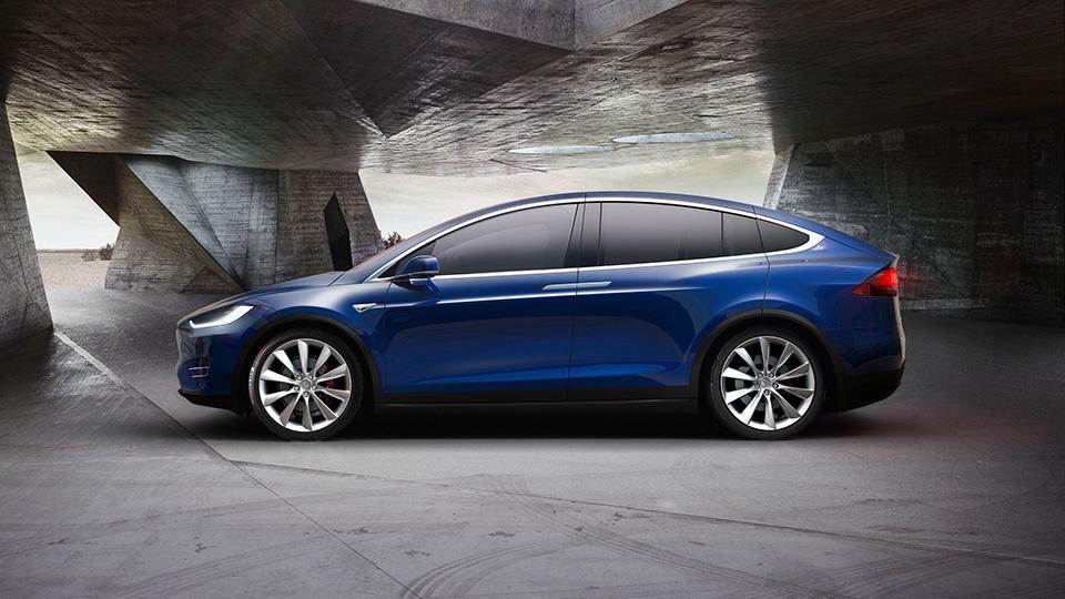 «Тесла» назвала причину задержки выхода электрокроссовера