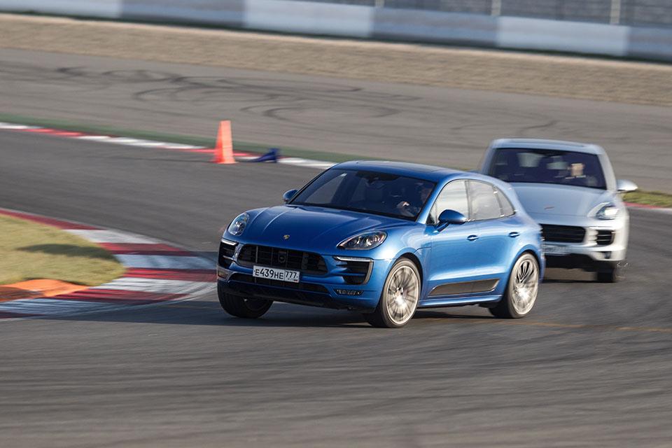 Насыщенный тест всех версий Porsche Macan и Cayenne в трех стихиях – на шоссе, треке и бездорожье. Фото 2