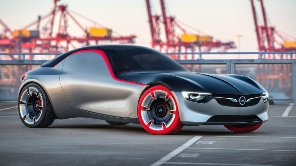 Opel показал прототип маленького заднеприводного купе