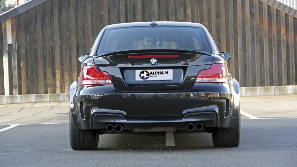 Ателье Alpha-N Performance доработало купе BMW 1-Series M Coupe. Фото 1