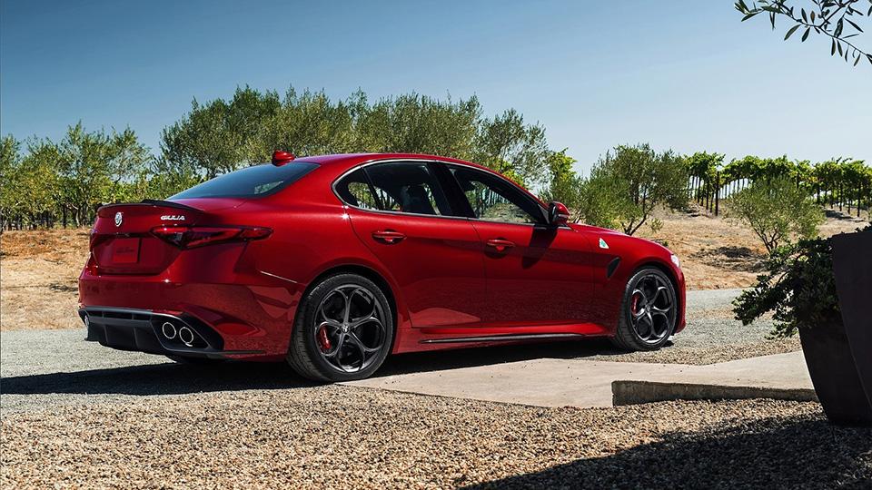 Сроки выхода новых Alfa Romeo сдвинули на два года