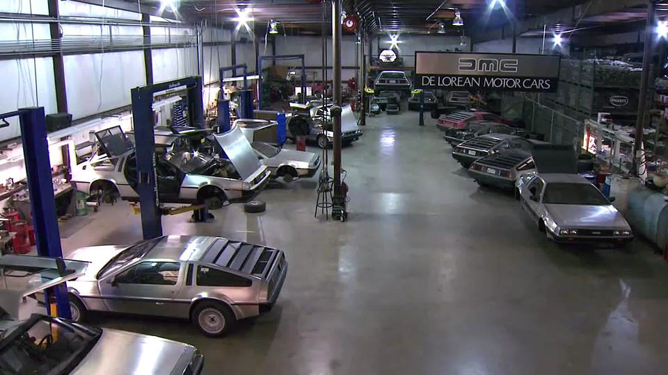 DeLorean Motor Company наладит мелкосерийный выпуск реплики спорткара