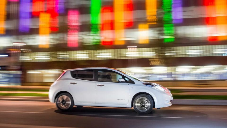 Автомобили Nissan станут легче