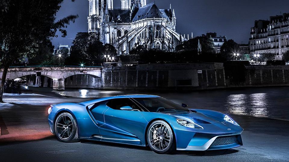 Ford заставит покупателей использовать суперкар GT по назначению