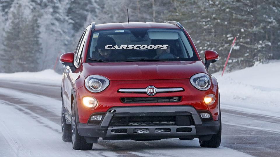 Fiat 500X Abarth сфотографировали во время зимних испытаний. Фото 1