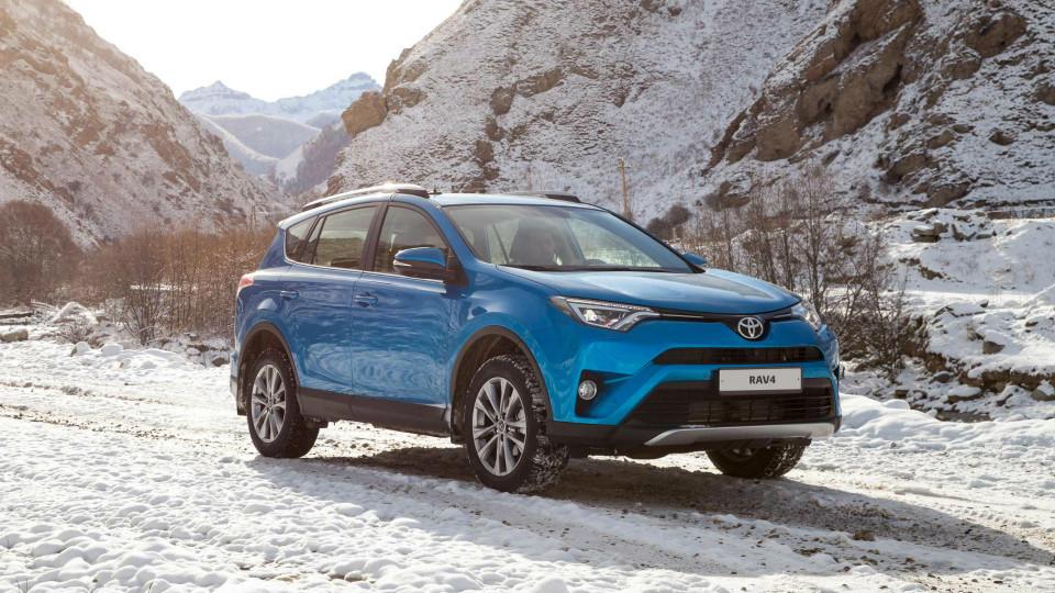 «Тойота» RAV4 стала самым популярным вседорожником России