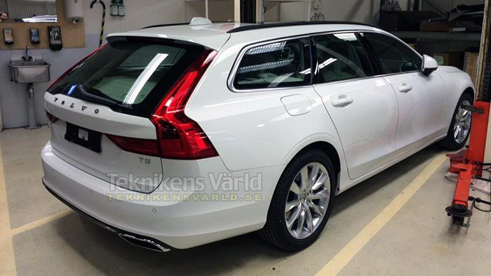 Названа дата дебюта самого большого универсала Volvo