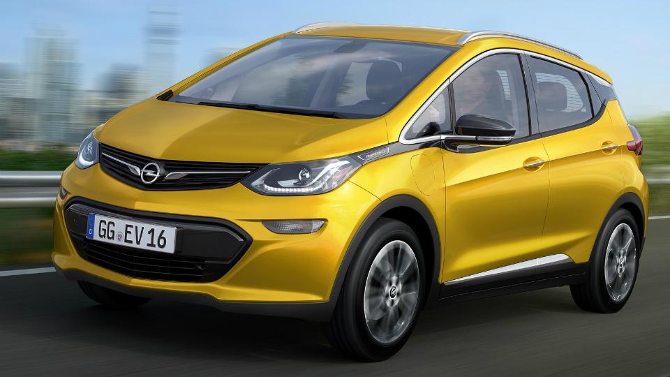 Opel показал электрокар на замену гибридной «Ампере»