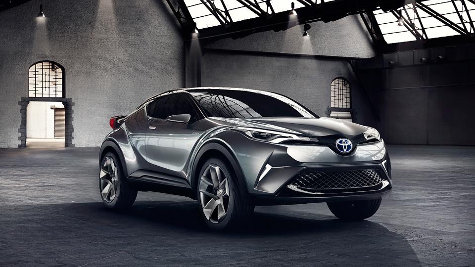 Toyota запустит в серию концептуальный гибридный кроссовер C-HR