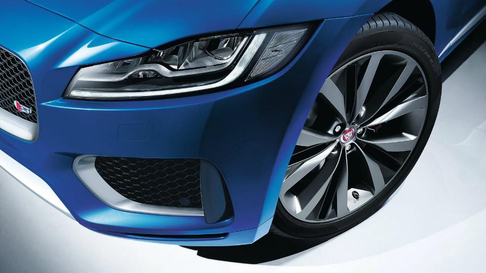 Jaguar и Land Rover выбрали названия для будущих электрокаров