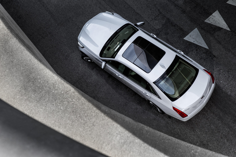 Сможет ли Cadillac навязать борьбу немцам с новым роскошным седаном CT6. Фото 5