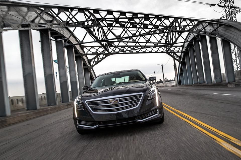 Сможет ли Cadillac навязать борьбу немцам с новым роскошным седаном CT6. Фото 1