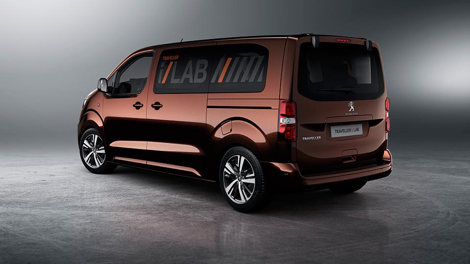 Компания Peugeot рассказала о прототипе Traveller i-Lab . Фото 2