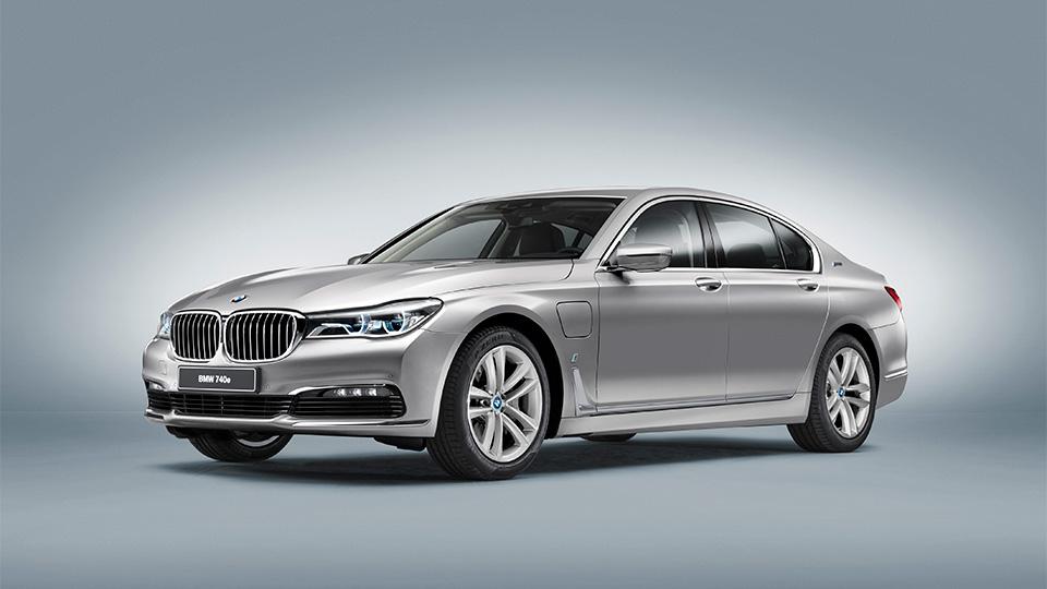 В BMW придумали название для подзаряжаемых гибридов