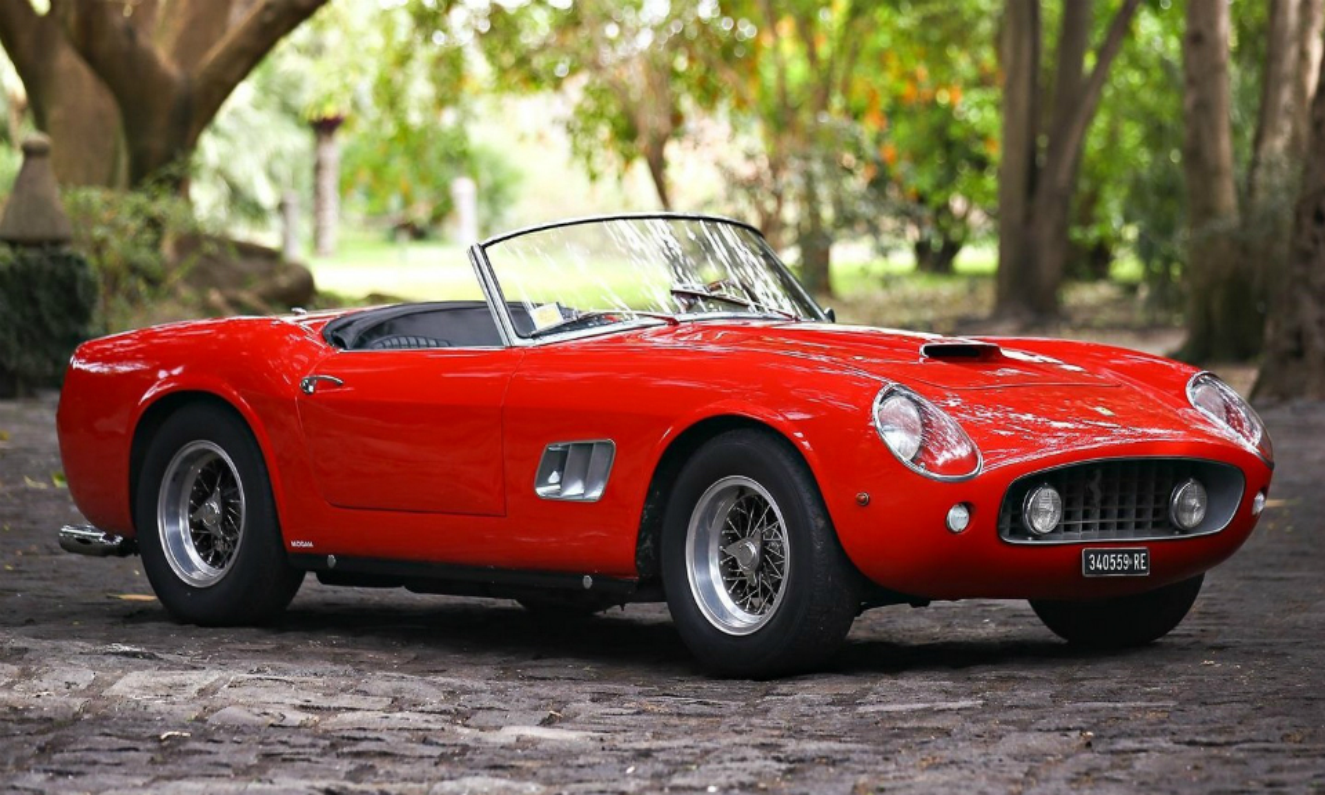 Ferrari из фильма с Софи Лорен оценили в 17 миллионов долларов