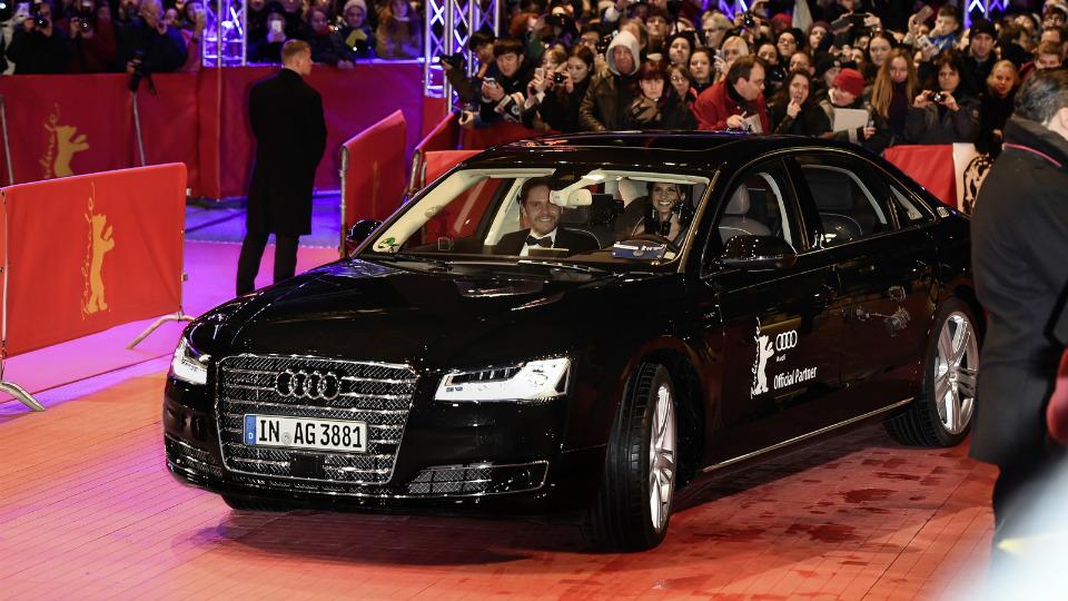 Немцы представили новый автономный седан на Берлинском кинофестивале