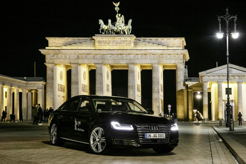 Немцы представили новый автономный седан на Берлинском кинофестивале . Фото 1