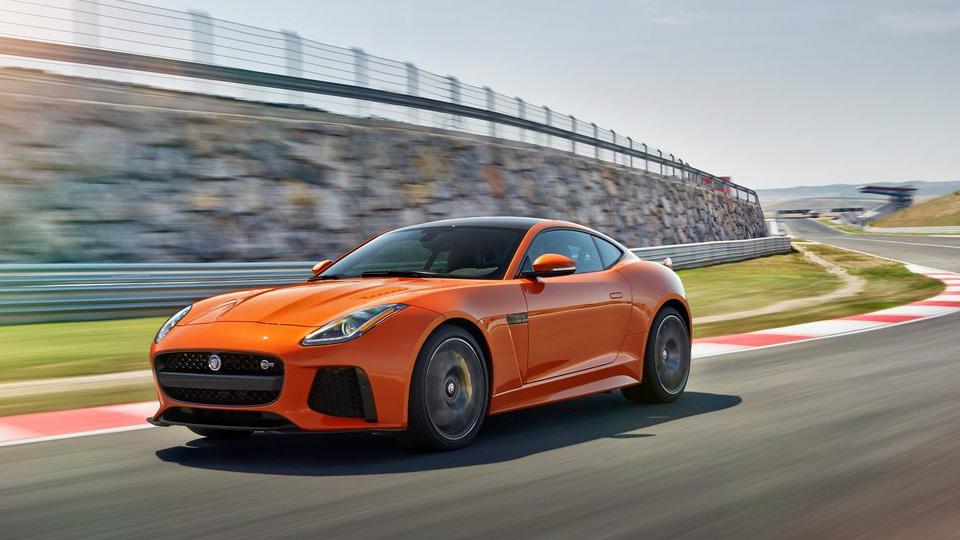 Jaguar назвал характеристики «заряженного» F-Type