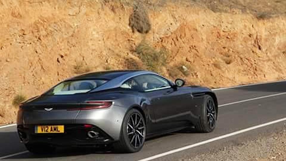 Aston Martin DB11 получит 600-сильный турбомотор